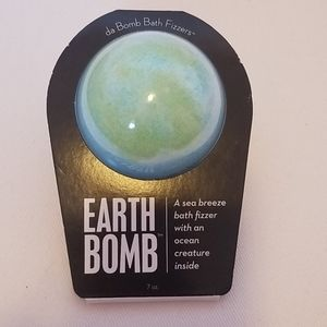 Da Bomb Bath Bomb- Earth Bomb
